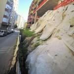 Vista de la Muralla, con la cubierta estropeada, en febrero. :: A. G. / AGM