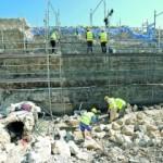 Reconstrucción del adarve en uno de los lienzos de muralla en la calle Rambla, junto al antiguo convento de La Merced. :: PACO ALONSO / AGM